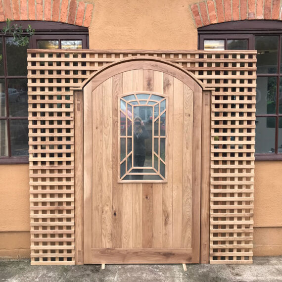 bespoke mirrored gate and privacy trellis