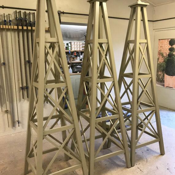 bespoke regent obelisks