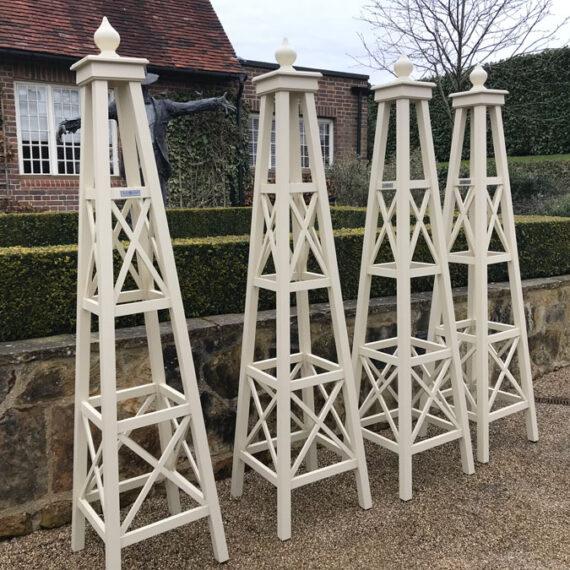bespoke tt obelisks