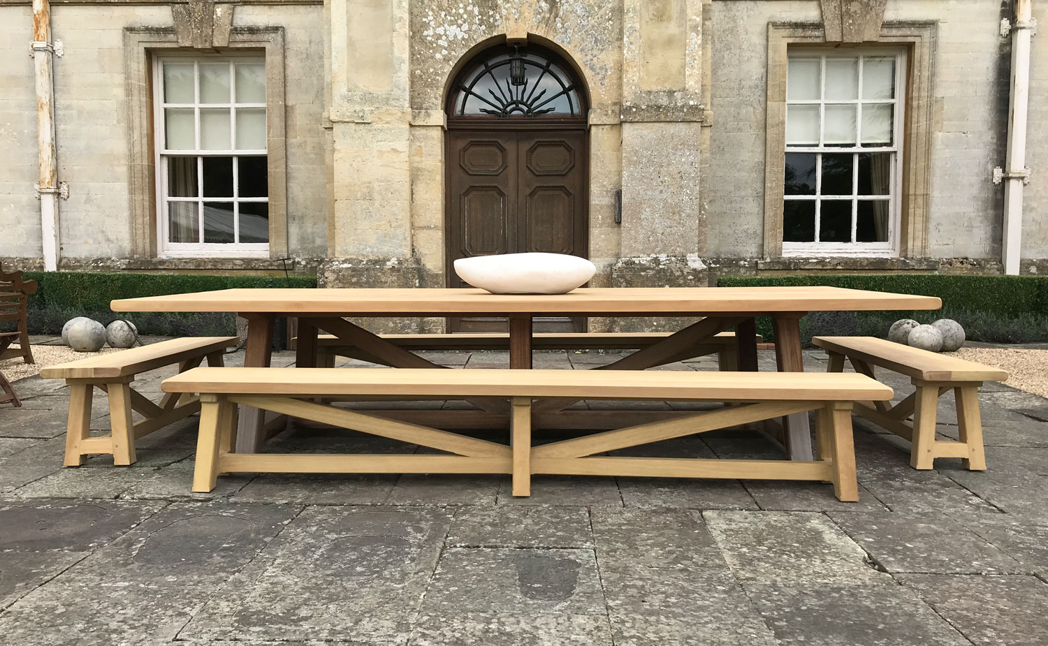 country estate table