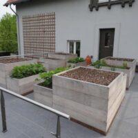 large unpainted linacre planters