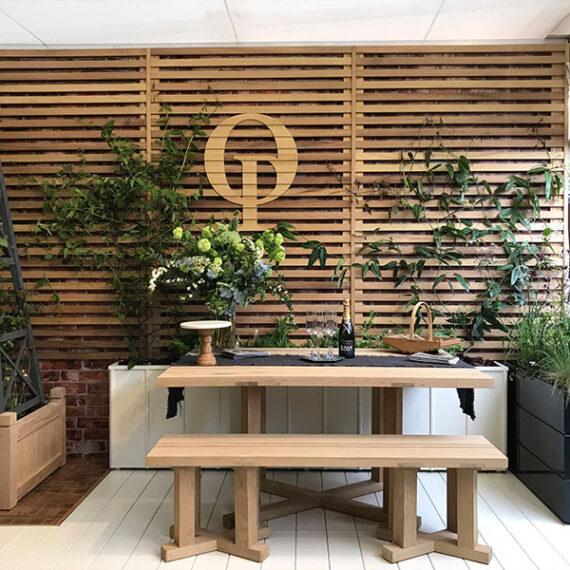 oxford planters logo trellis