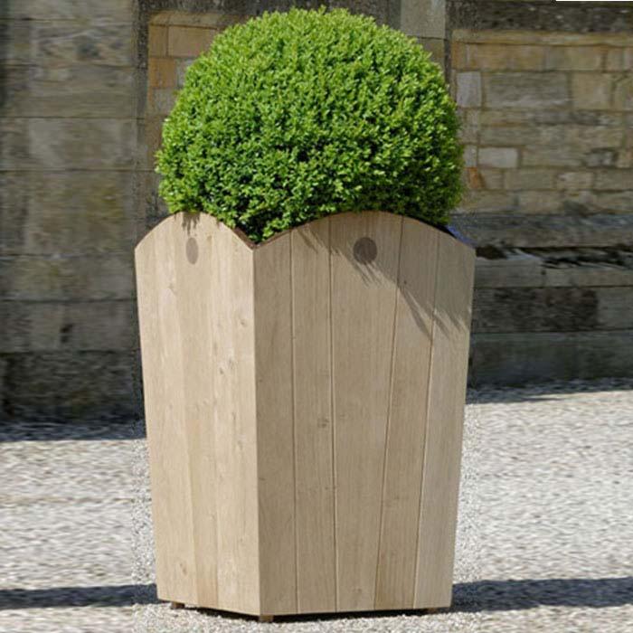 pembroke planter
