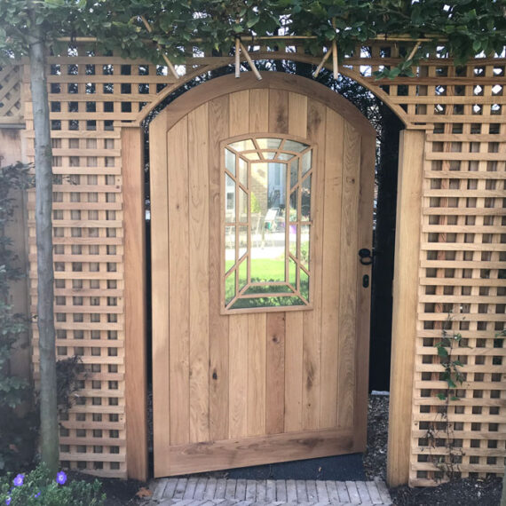 fitted oak gate and trellis